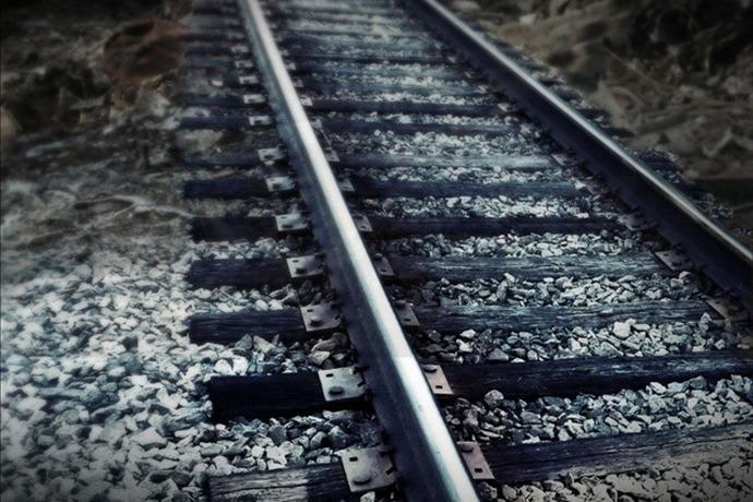 Train Tracks (GEN)_7560504444636646669