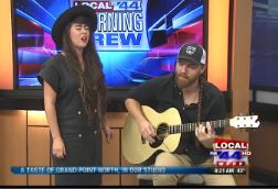Kat Wright & Bob Wagner perform on Local 44 Morning Brew