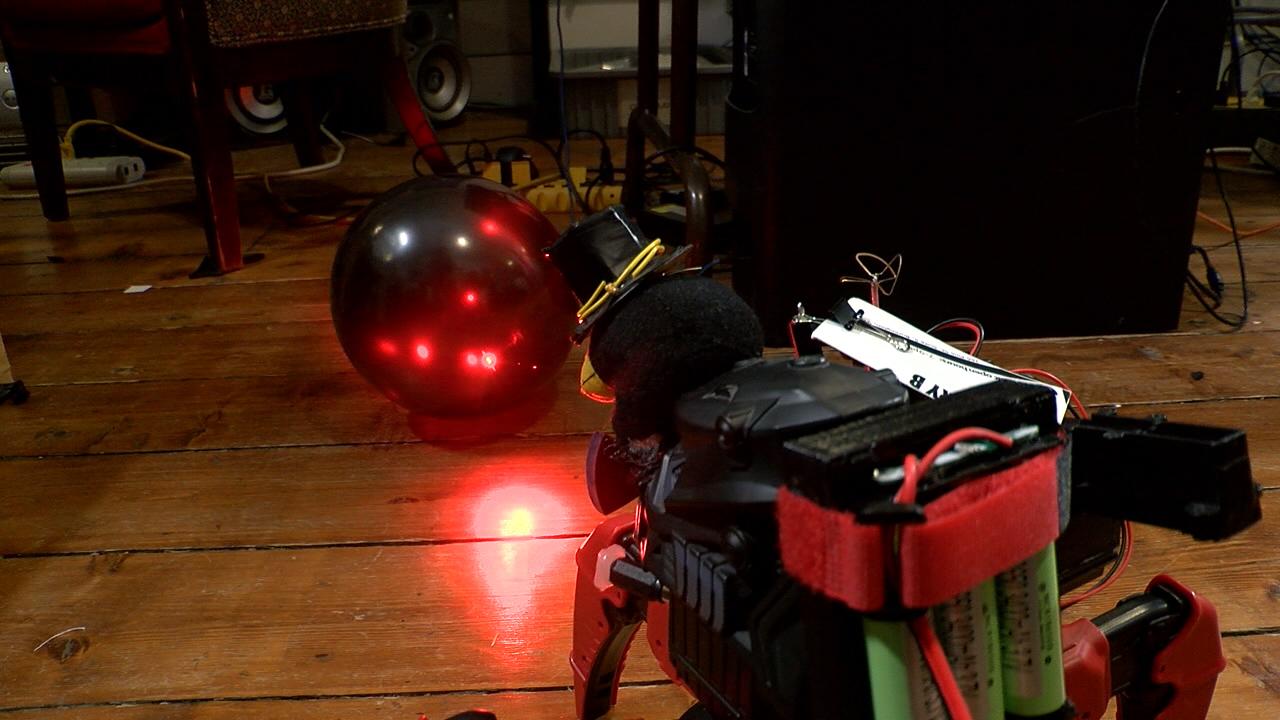 robot_1474641335979.jpg