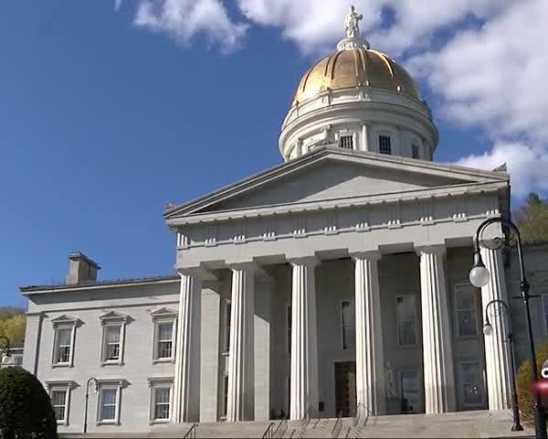 Veto Threat Looms as Vermont-s Legislature Adjourns_05314564