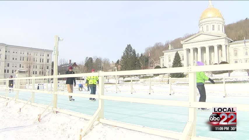 Ice rink may return to Statehouse_98338562