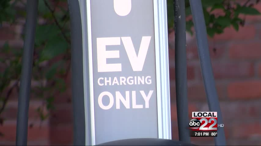 Record Amount of Electric Vehicles on Vermont Roadways_94529690-159532