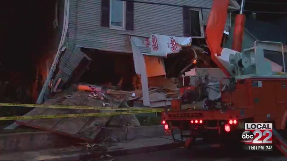 Ludlow_house_destroyed_by_runaway_truck_0_20180801035355