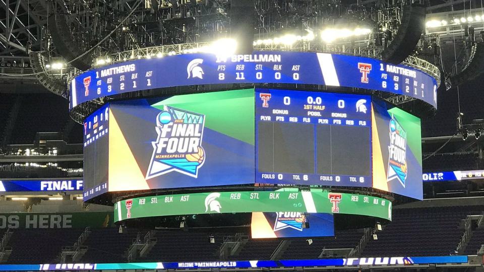NCAA Final Four US Bank Stadium Michigan State 040419_1554430165171-873702558-873702558-873702558.jpg
