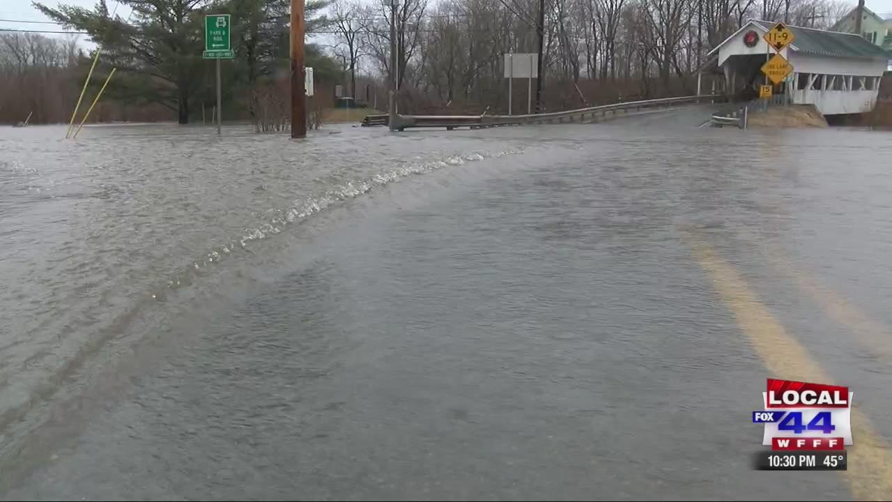 Flooding_causes_road_closures__evacuatio_0_20190421151230
