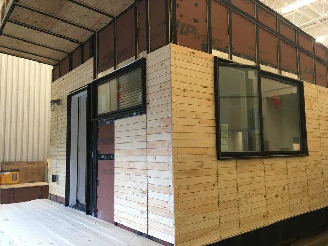Norwich University students build tiny house