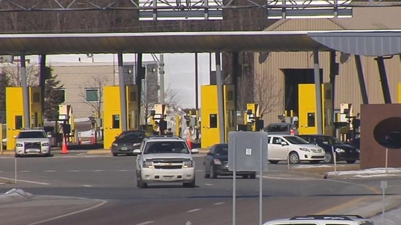 highgate_border_crossing_1558379441789.jpg