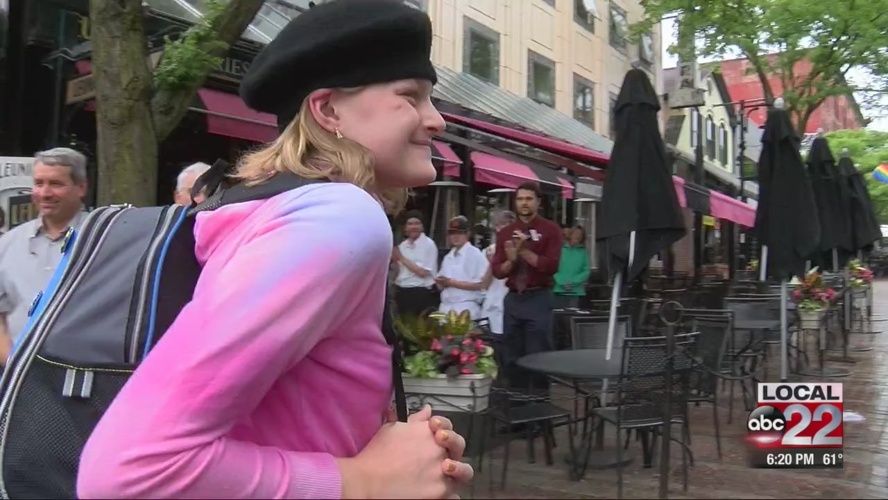 Make-A-Wish sends Vt girl to Paris for cooking lessons with special send-off