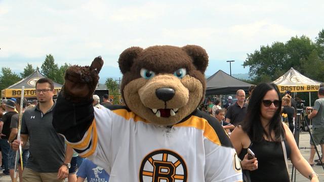 Boston Bruins host annual fan fest in Burlington