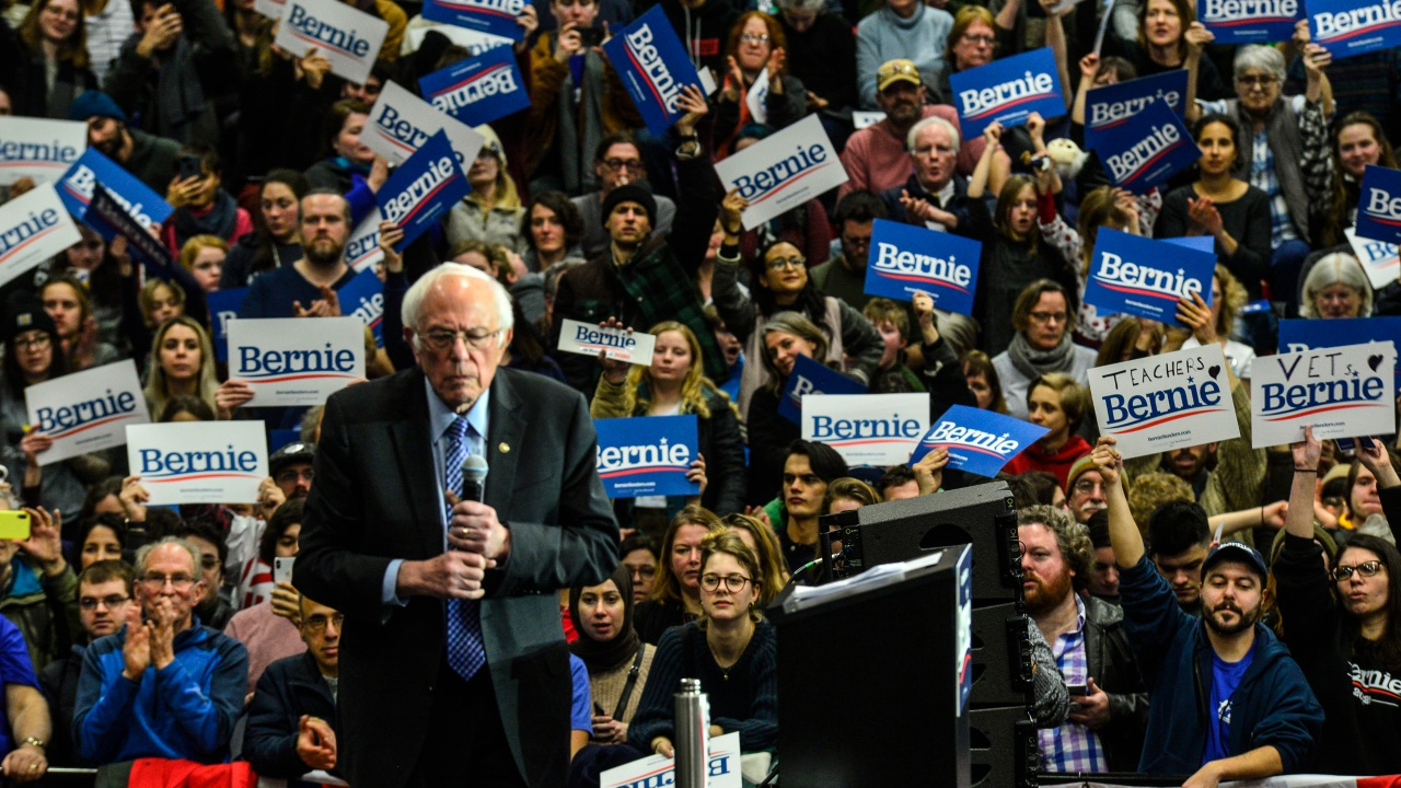 Sanders leads Democratic presidential field by 10 points in new poll